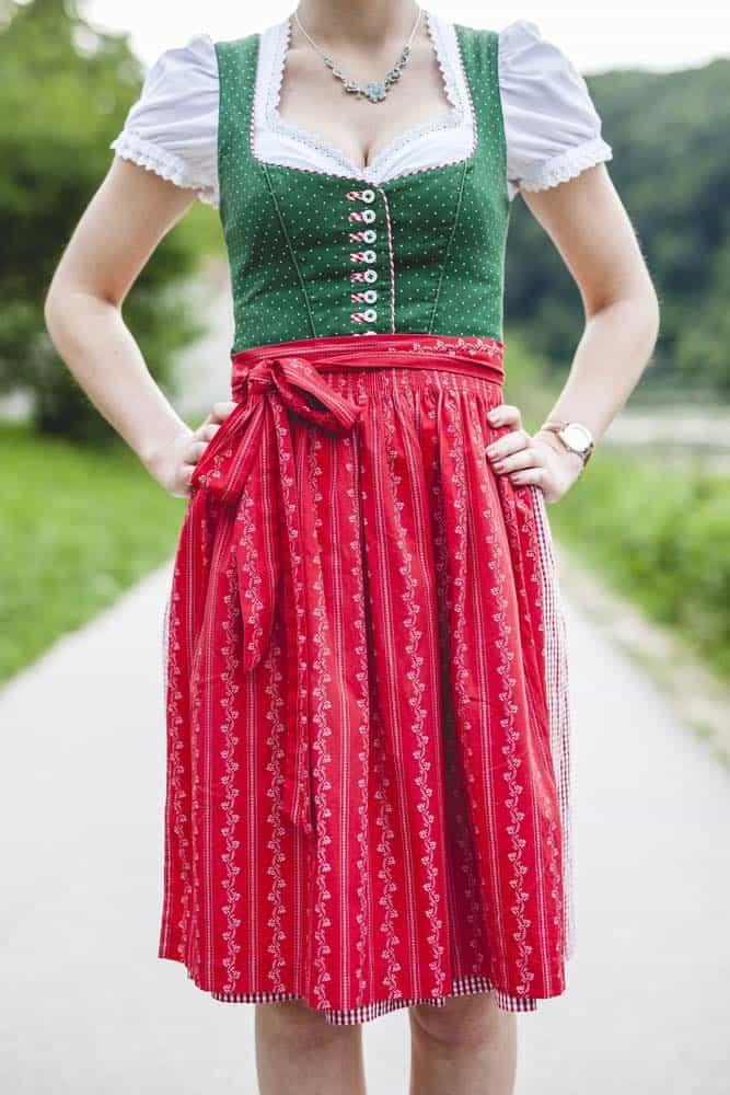 traditionele dirndl jurk