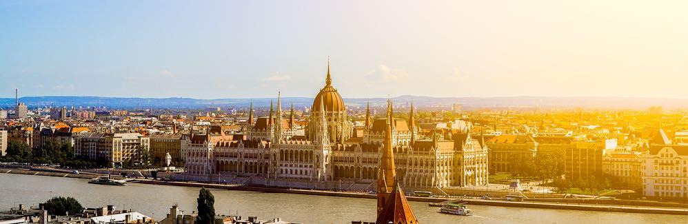 zonnig uitzicht hongarije