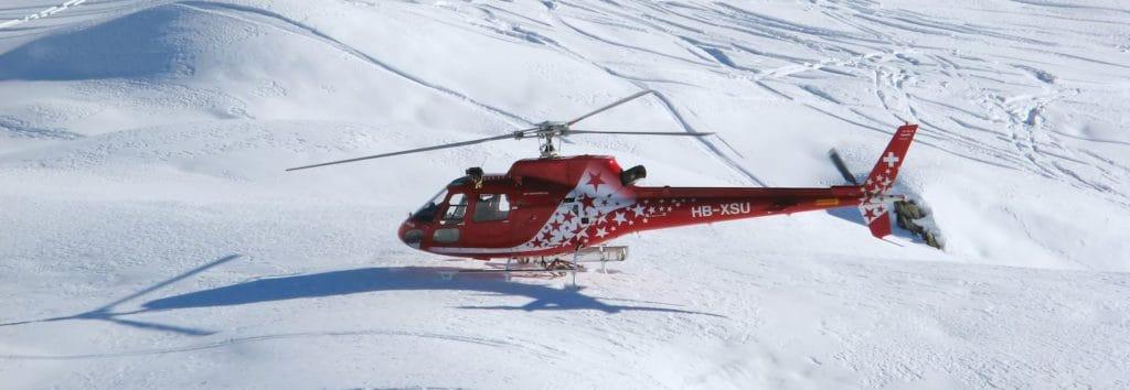 traumahelikopter in de sneeuw