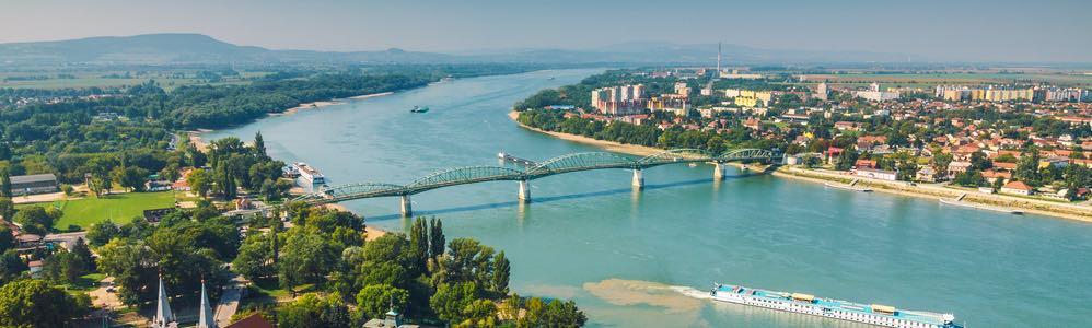 uitzicht brug in hongarije